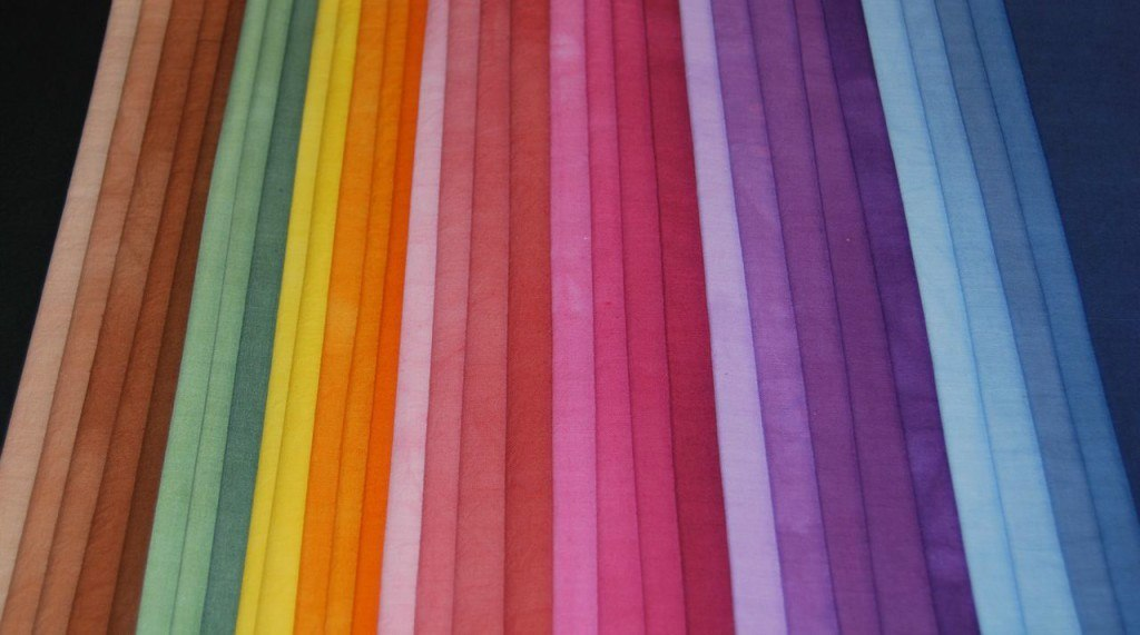 Tipos de telas para fabricar camisetas